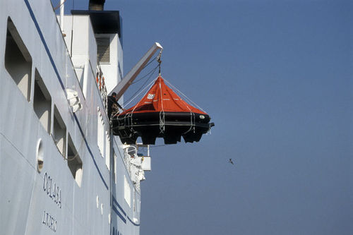 ship liferaft / 8-person / MED / davit-launched