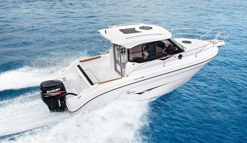 outboard cabin cruiser / twin-engine / hard-top / with enclosed cockpit