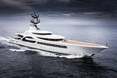 classic mega-yacht - Feadship