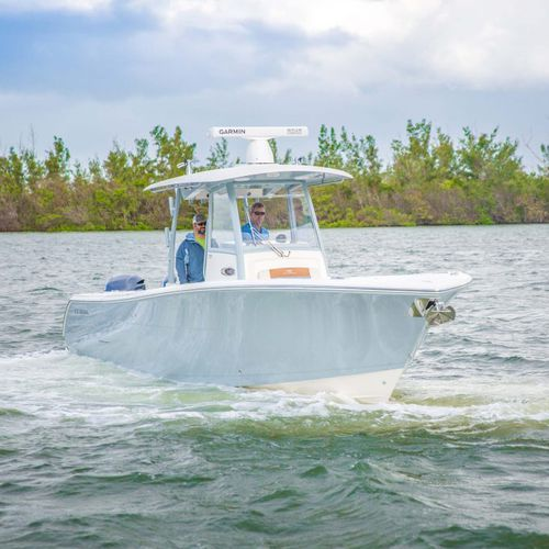 outboard express cruiser / twin-engine / open / center console
