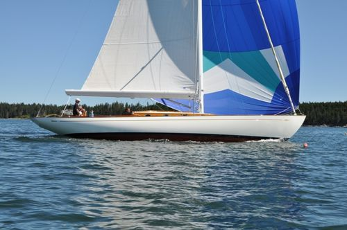 monohull / classic / day-sailer / open transom