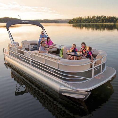 Sun Tracker Pontoon Boats >> Outboard Pontoon Boat 12 Person Max Party Barge 24 Dlx Sun Tracker