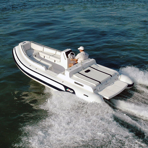 inboard inflatable boat / rigid / side console / aluminum
