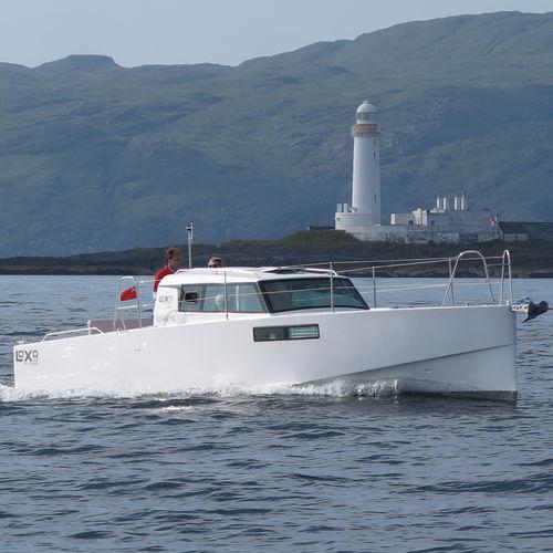 inboard express cruiser - Pogo Structures