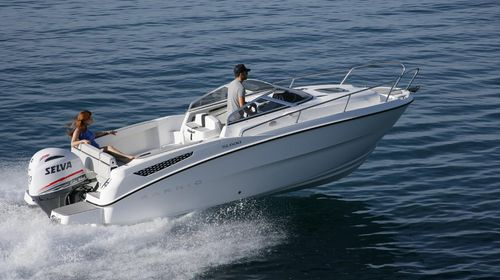 outboard walkaround / center console / 7-person max. / with cabin