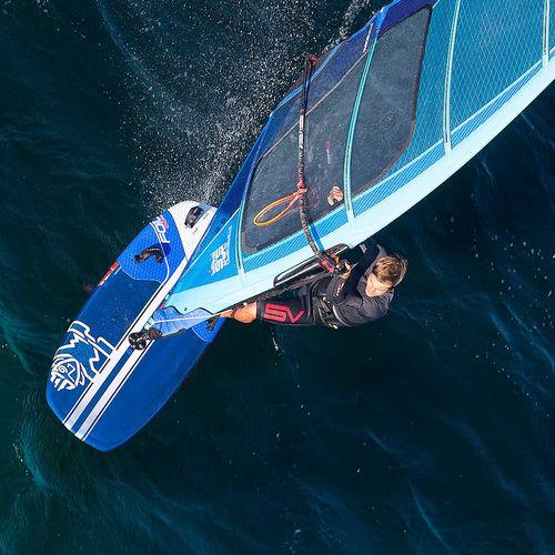 racing windsurf board / hydrofoil