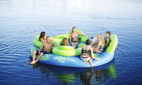 7-person floating sofa