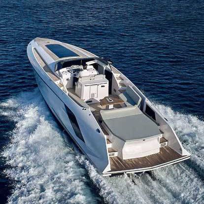 inboard express cruiser / twin-engine / open / dual-console