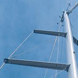 sailboat mast spreader