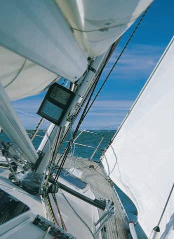 sailboat boom / furling mast