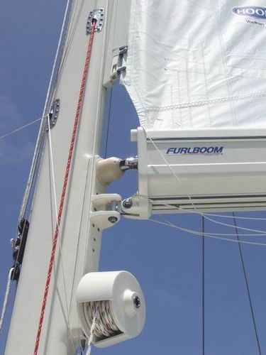 sailboat boom / furling mast