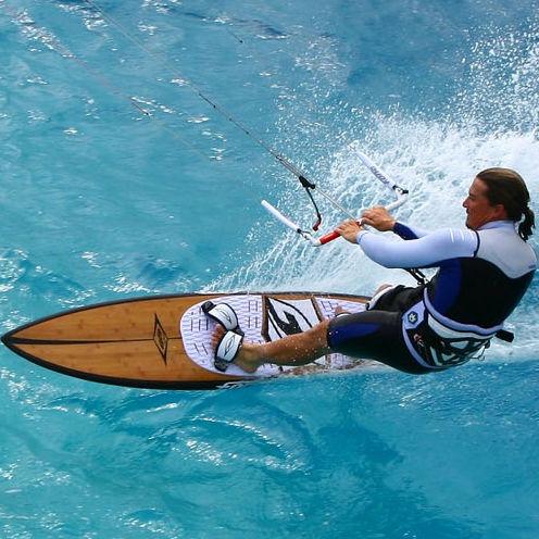 directional kiteboard / speed / racing / tri-fin