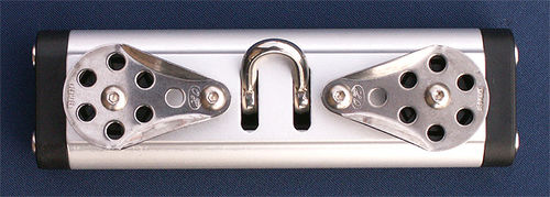 mainsail sheet car / fixed sheaves / ball bearing / with pivoting shackle