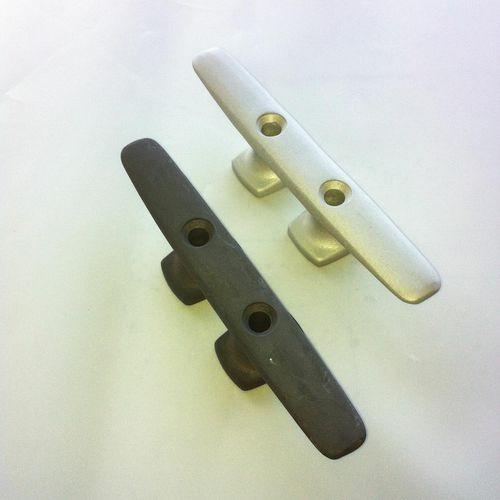 boat deck cleat / flat / aluminum