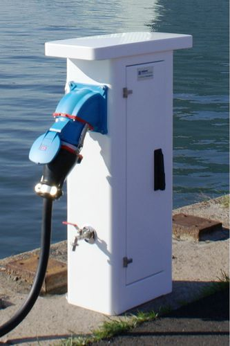 electrical distribution pedestal / water supply / with built-in light / for docks