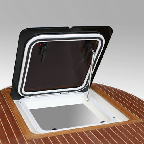 boat deck hatch / for yachts / square / flush