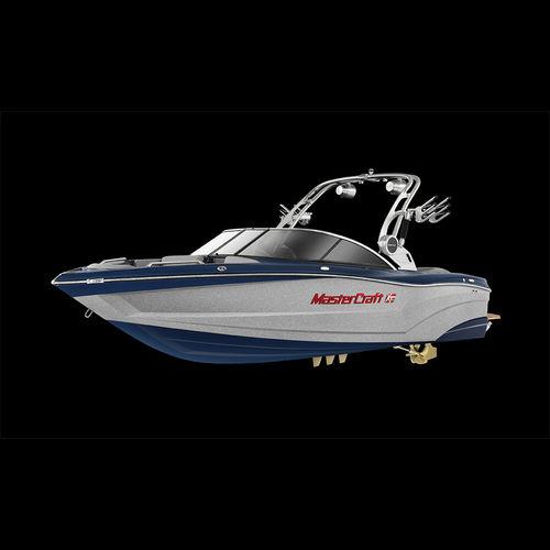 inboard deck boat / dual-console / wakeboard / ski