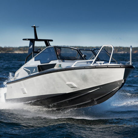 outboard runabout / bowrider / dual-console / aluminum