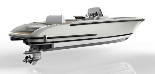 inboard center console boat