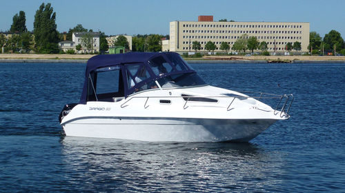outboard day cruiser