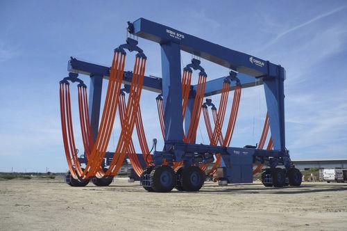 Ackermann steering travel lift