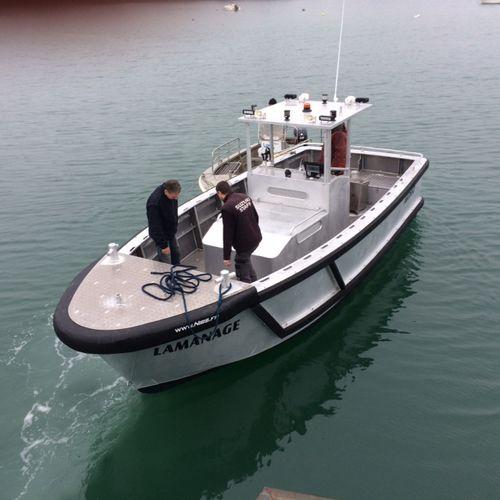 pilot boat / line-handling boat / inboard