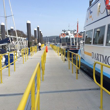 floating dock / mooring / for marinas / heavy-duty