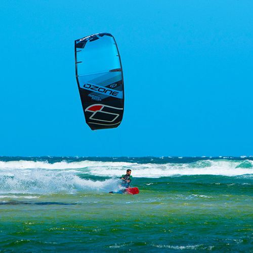 C-shape kitesurf kite / freeride / freestyle / wave
