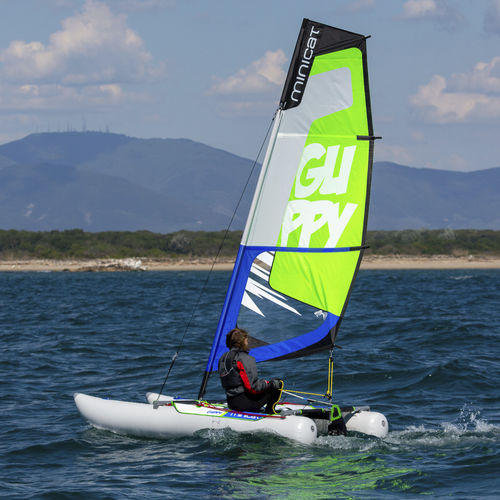 inflatable sailing dinghy - MiniCat Worldwide
