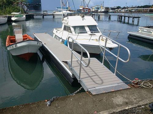 floating dock / mooring / for marinas / aluminium