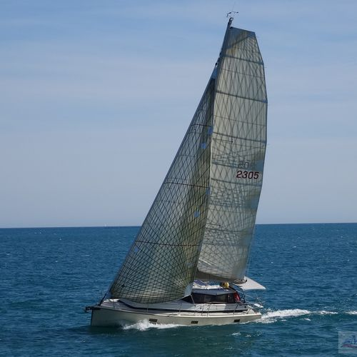 monohull / fast cruising / open transom / with enclosed cockpit