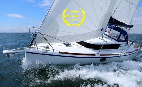 fast cruising sailboat
