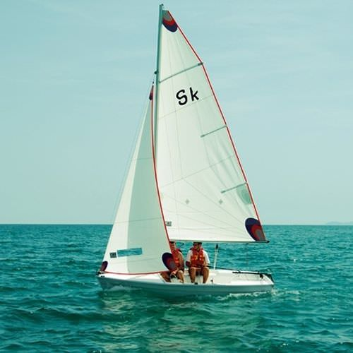 double-handed sailing dinghy / recreational / symmetric spinnaker