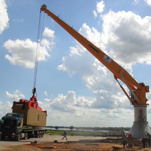 port crane / articulated / luffing jib