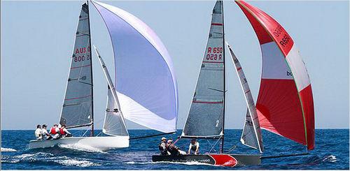 cruising-racing sailboat / open transom / carbon mast