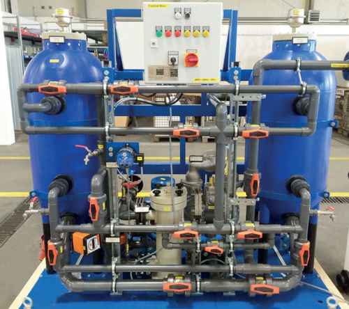 drinking water treatment system / for ships / with filter