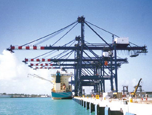super post-Panamax container gantry crane