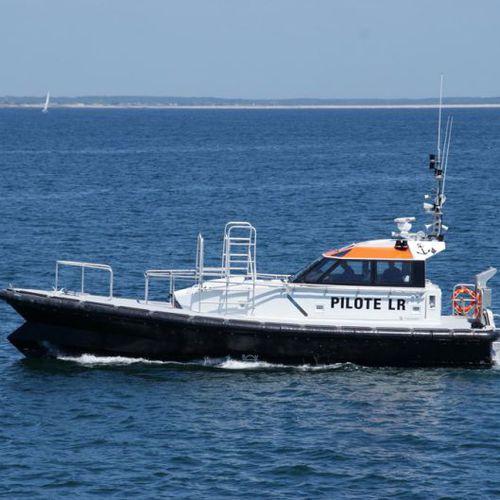 pilot boat professional boat / inboard / self-righting