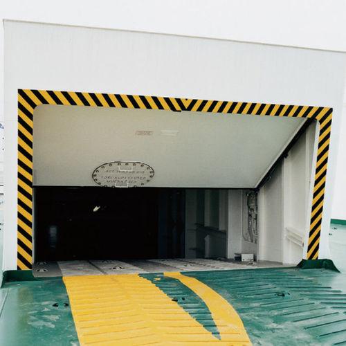 Ro-Ro ship door