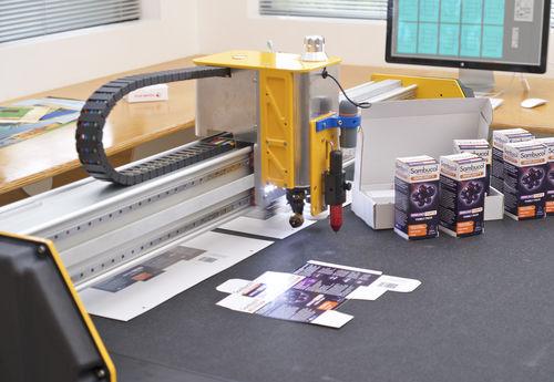 CNC cutting table