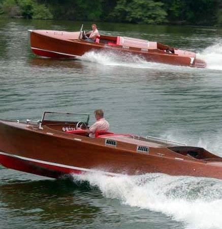 inboard runabout / dual-console