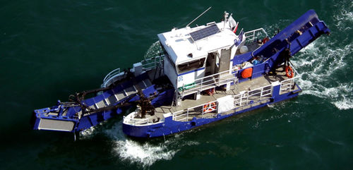 pollution control boat / catamaran / inboard