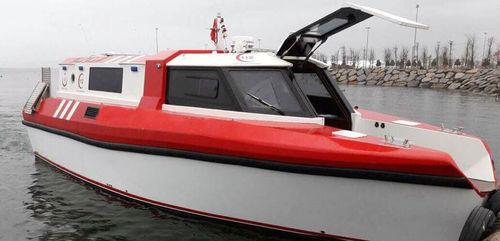 ambulance boat / inboard / medical / aluminum