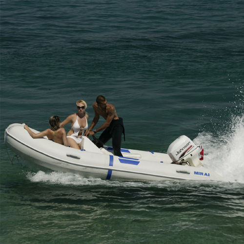 outboard inflatable boat / RIB / with jockey console / 6-person max.