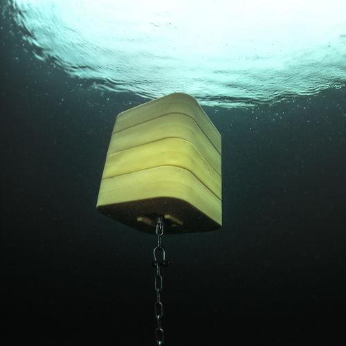 underwater lifting buoy