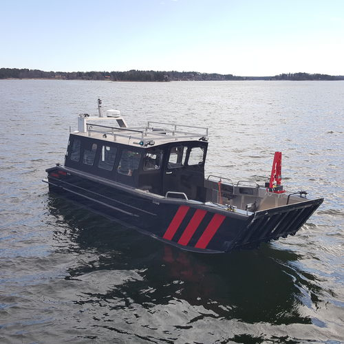 work boat / outboard / aluminum