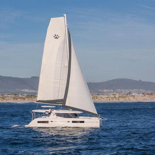 catamaran - Leopard Catamarans