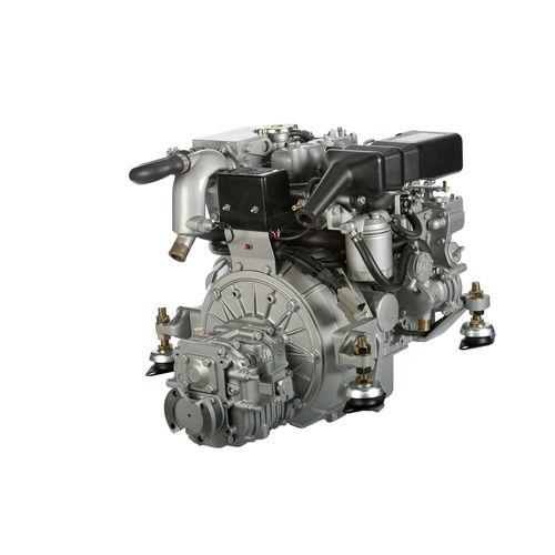 boating engine / inboard / diesel / atmospheric