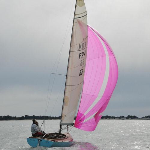 monohull / classic / dayboat / open transom