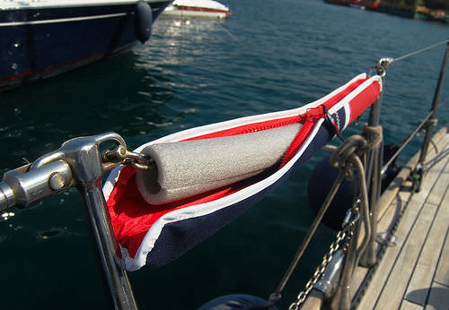 protective cover / for sailboats / guardrail